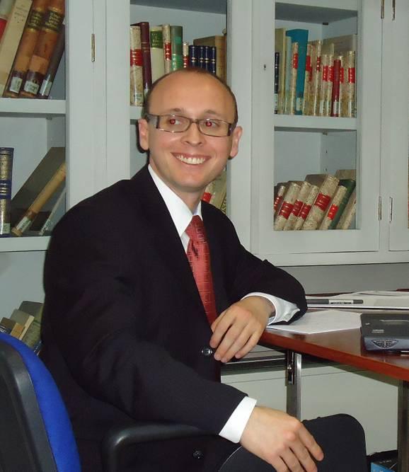 Ramírez Villaescusa, Rafael